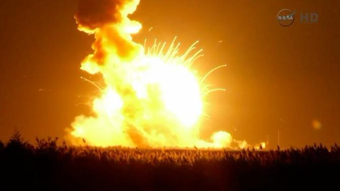 NASA ontploffing (raket explodeert)