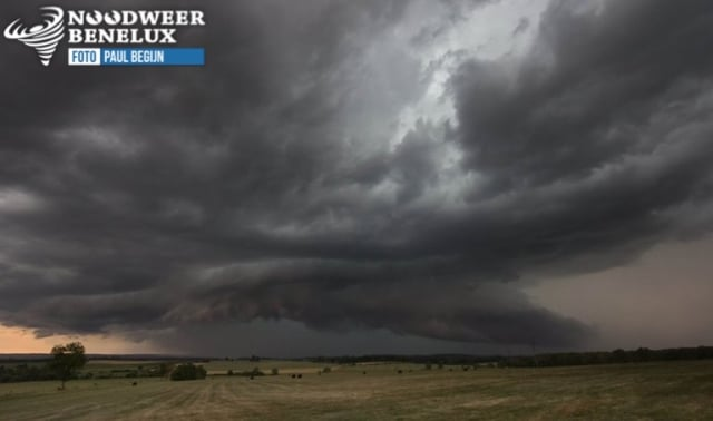 nice storm structure HP supercell